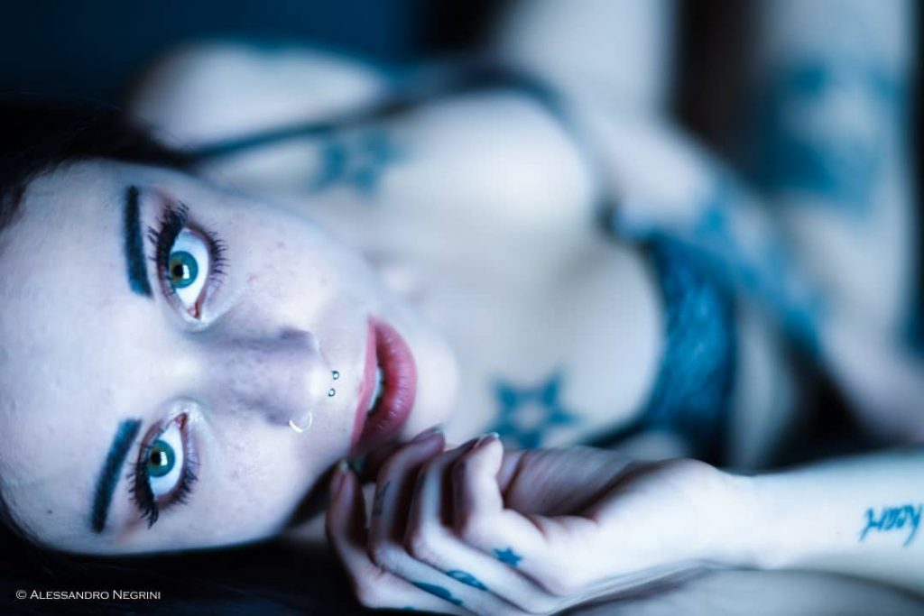 amazing day with @violetsg_ ! #portraits #portrait #eyeblue #eyes #tattoo #tattoogirl #tattoolife #intense #intensegaze #deepsight #sight